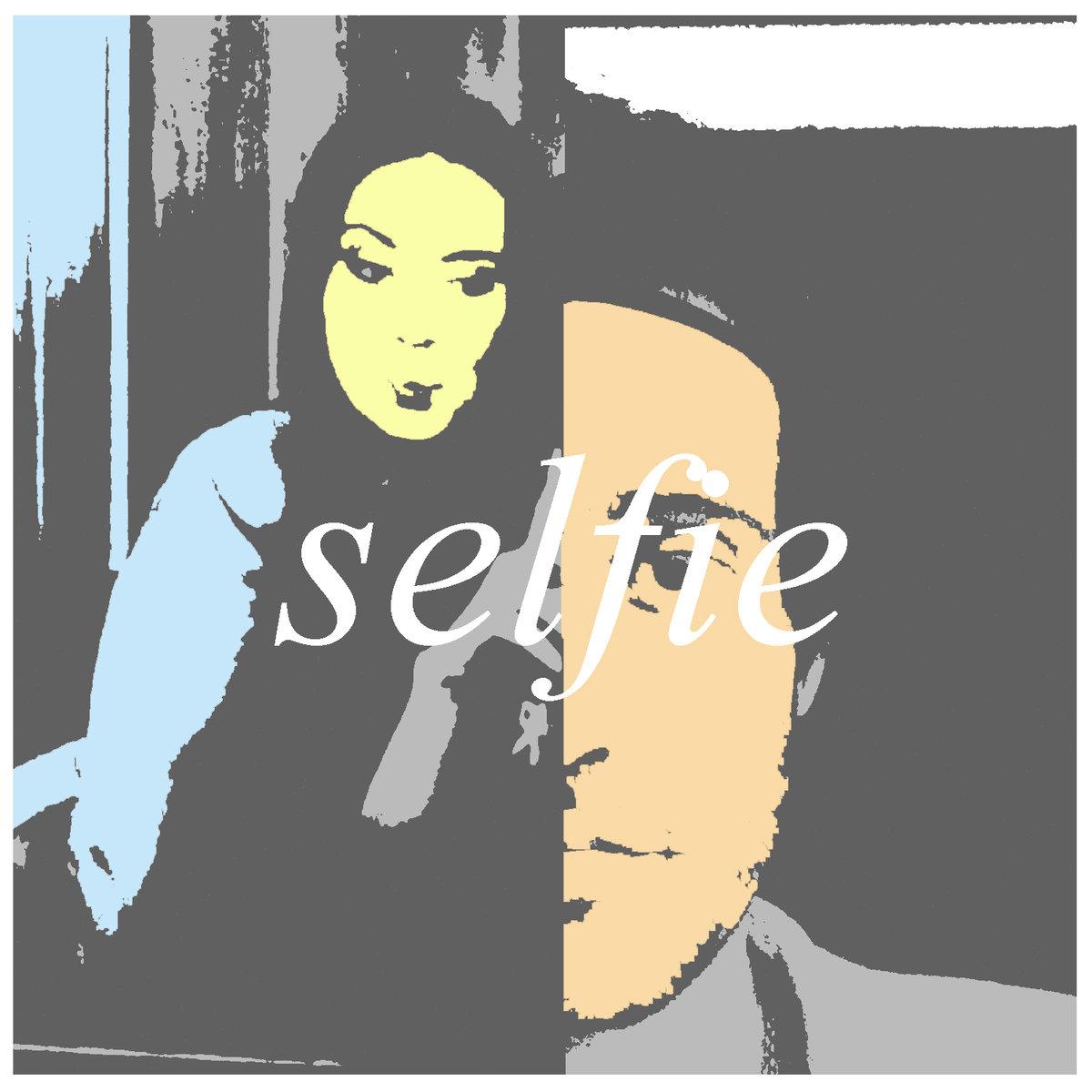 Futur Primitif, Selfie